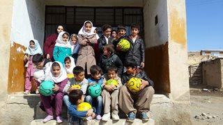 حضور بیمه آسیا در مدارس مناطق محروم